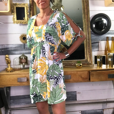 Robe Tropicale Manches Ouvertes