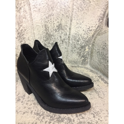 Boots Star
